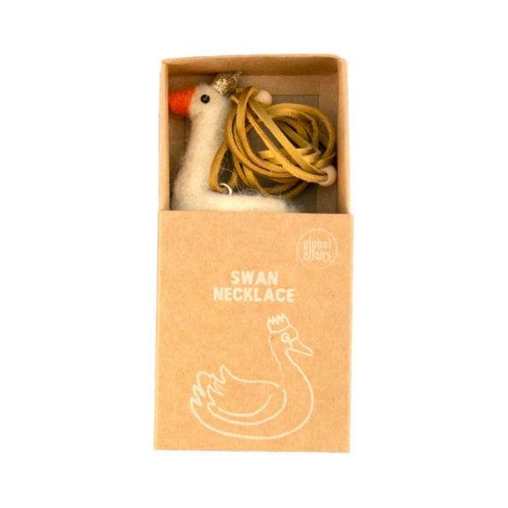 Necklace Woolfelt Swan Packaging