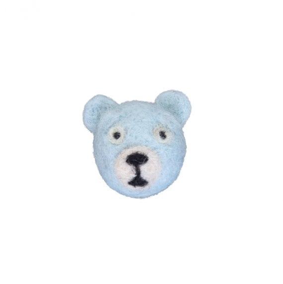 Brooch woolfelt bear