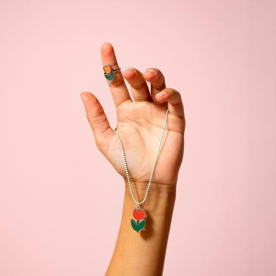 necklace ring tulip