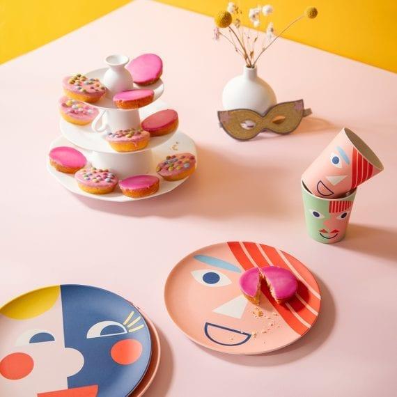 Bamboo plates and mugs