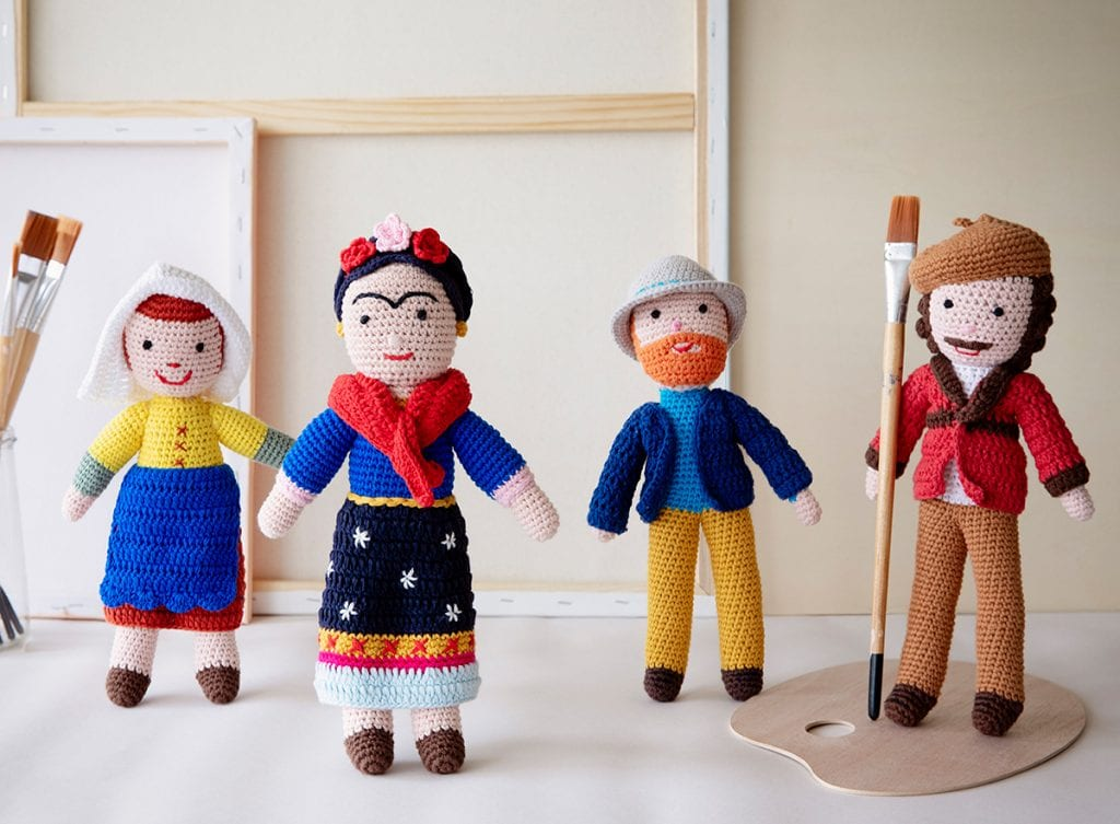 Art dolls crochet toys: Vermeer's milk maid, Frida Kahlo, Van Gogh and Rembrandt
